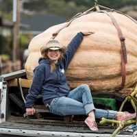 2016 Pumpkin Weigh Off Winner Cindy Tobeck delivers her winning entry